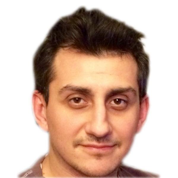 Dr. Razvan Untu